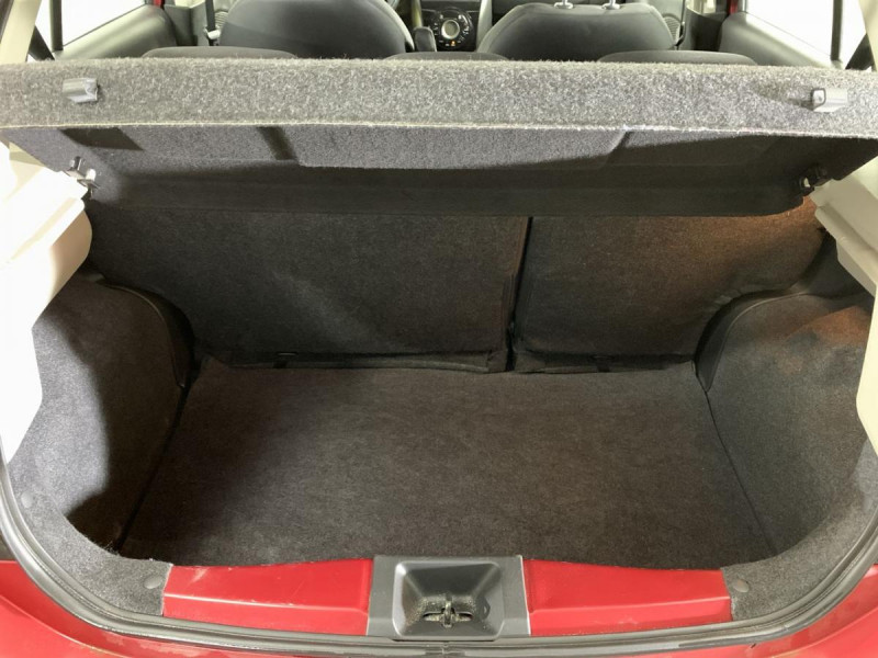 Nissan Micra 1.2 80 ACENTA Rouge occasion à Verfeil - photo n°19