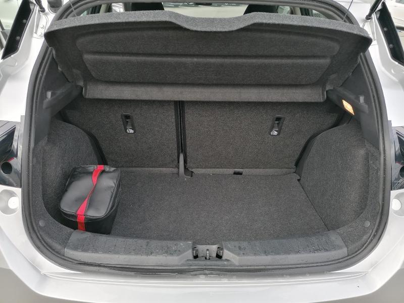 Nissan Micra 1.2 80ch Visia Pack Euro6 Gris occasion à Fleury-les-Aubrais - photo n°17