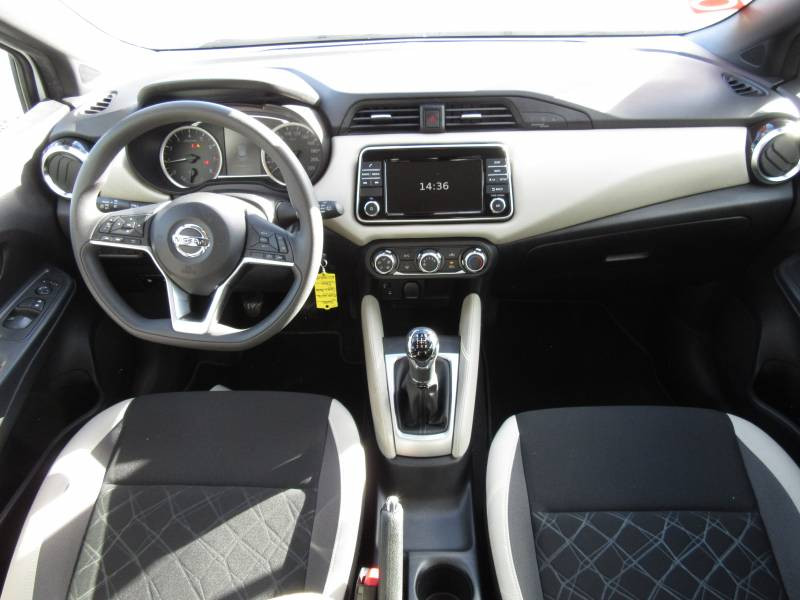 Nissan Micra 2017 IG-T 90 Made in France Blanc occasion à Périgueux - photo n°11