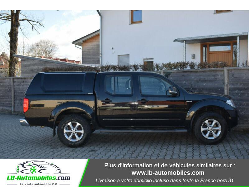 Nissan Navara 2.5 DCI 190 DOUBLE CABINE LB Noir occasion à Beaupuy - photo n°5