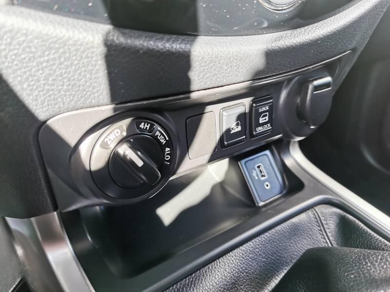 Nissan Navara 2019 EURO6D-TEMP 2.3 DCI 160 KING CAB N-CONNECTA Blanc occasion à Langon - photo n°14