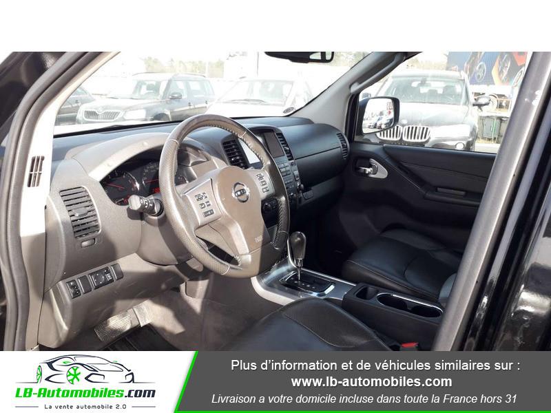 Nissan Navara 3.0 V6 231 / Double Cab A Noir occasion à Beaupuy - photo n°2