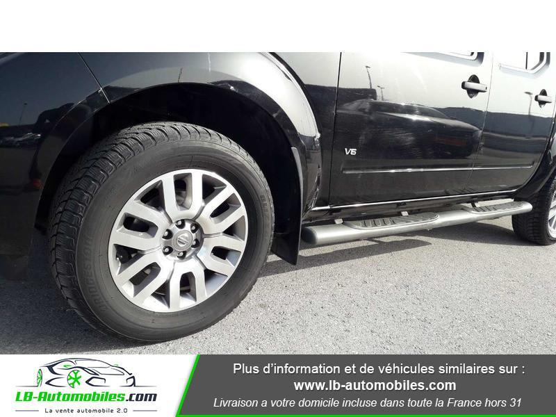 Nissan Navara 3.0 V6 231 / Double Cab A Noir occasion à Beaupuy - photo n°11