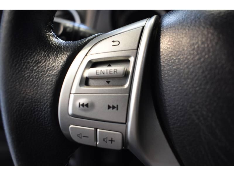 Nissan Navara NP300 2.3 DCI 190 DOUBLE CAB BVA7 TREK-1° Noir occasion à Limoges - photo n°11