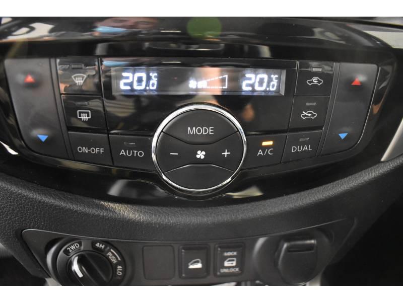 Nissan Navara NP300 2.3 DCI 190 DOUBLE CAB BVA7 TREK-1° Noir occasion à Limoges - photo n°14