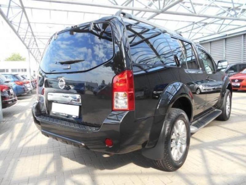 Nissan Pathfinder 2.5 DCI 190 7places Noir occasion à Beaupuy - photo n°5