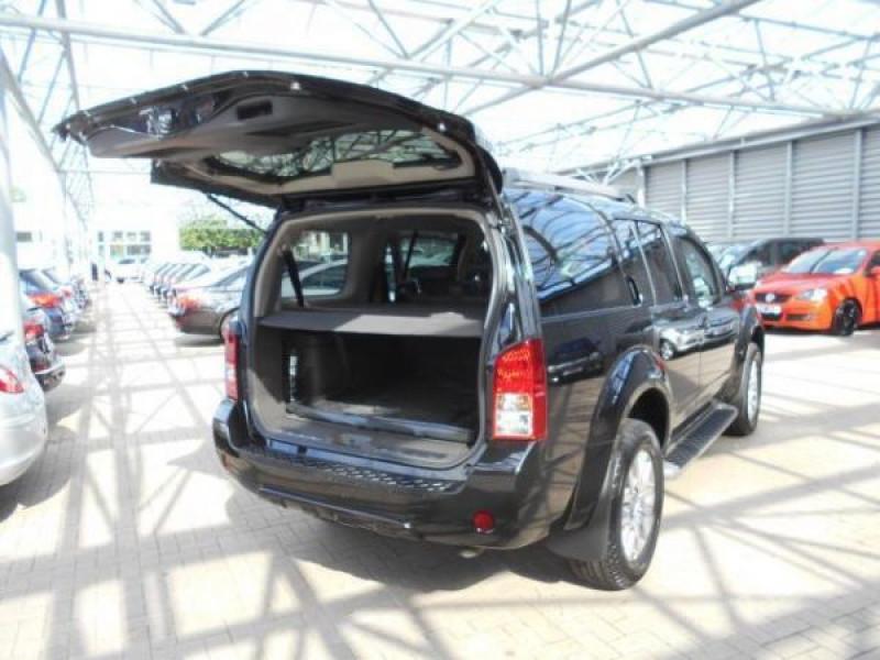 Nissan Pathfinder 2.5 DCI 190 7places Noir occasion à Beaupuy - photo n°7