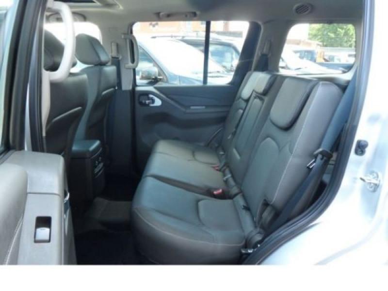 Nissan Pathfinder 2.5 DCI 190 7places Argent occasion à Beaupuy - photo n°5