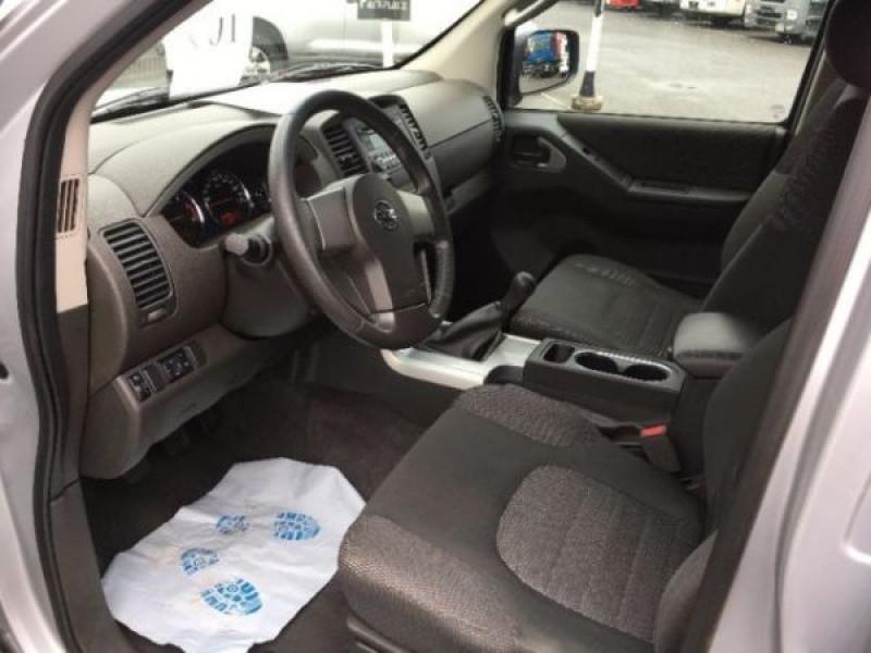 Nissan Pathfinder 2.5 DCI 190 7places Argent occasion à Beaupuy - photo n°3
