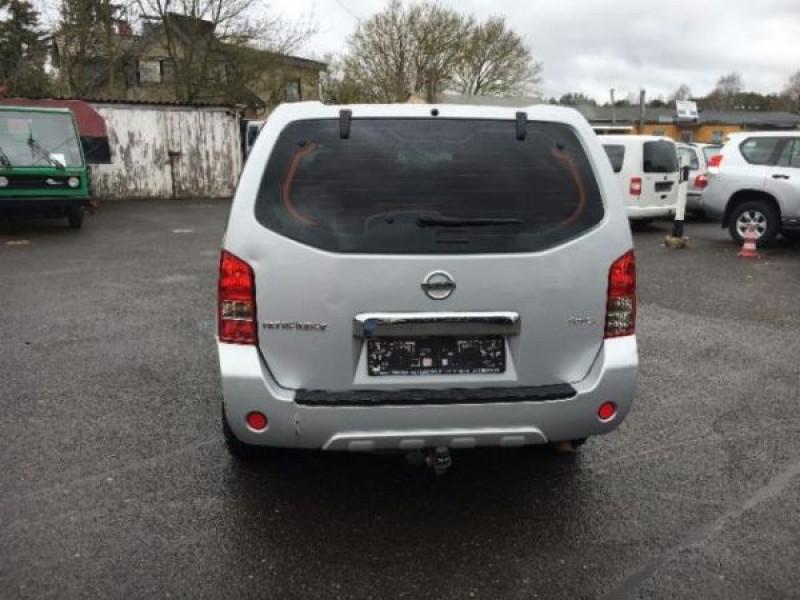 Nissan Pathfinder 2.5 DCI 190 7places Argent occasion à Beaupuy - photo n°7