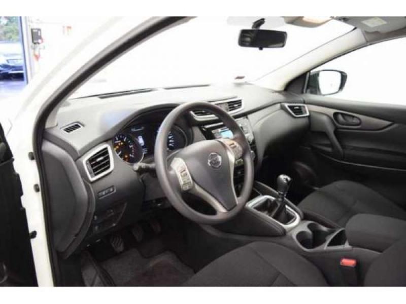 Nissan Qashqai 1.2 DIG-T 115 CH Visia Blanc occasion à Beaupuy - photo n°3