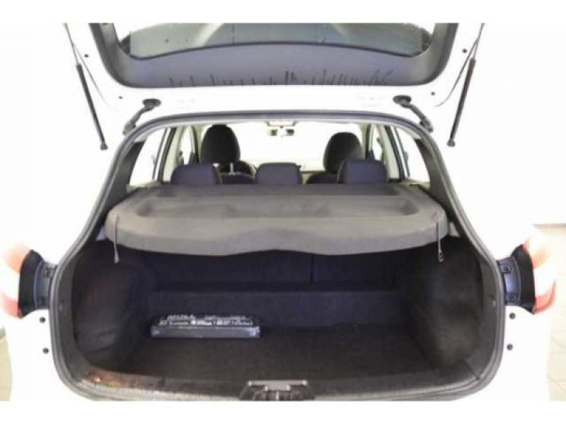 Nissan Qashqai 1.2 DIG-T 115 CH Visia Blanc occasion à Beaupuy - photo n°6