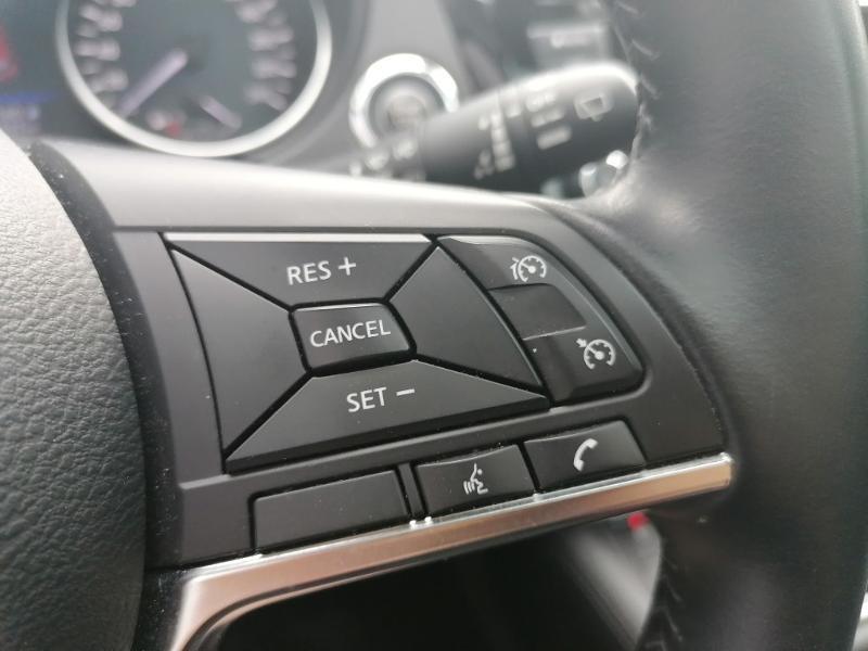 Nissan Qashqai 1.3 DIG-T 140ch N-Connecta 2019 Euro6-EVAP Blanc occasion à Saint-Doulchard - photo n°15