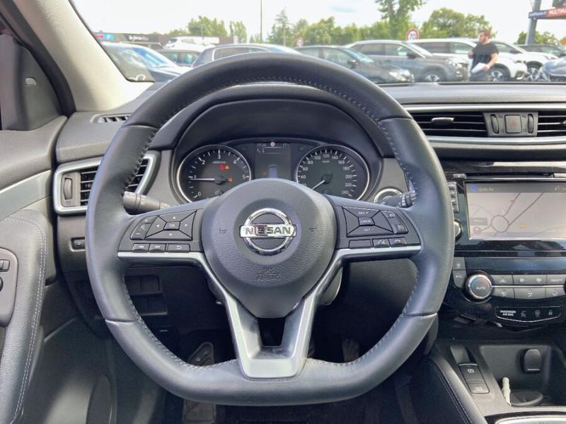 Nissan Qashqai 1.5 DCI 110 BV6 TEKNA TOIT PANO Semi Cuir JA 19 Noir occasion à Montauban - photo n°13