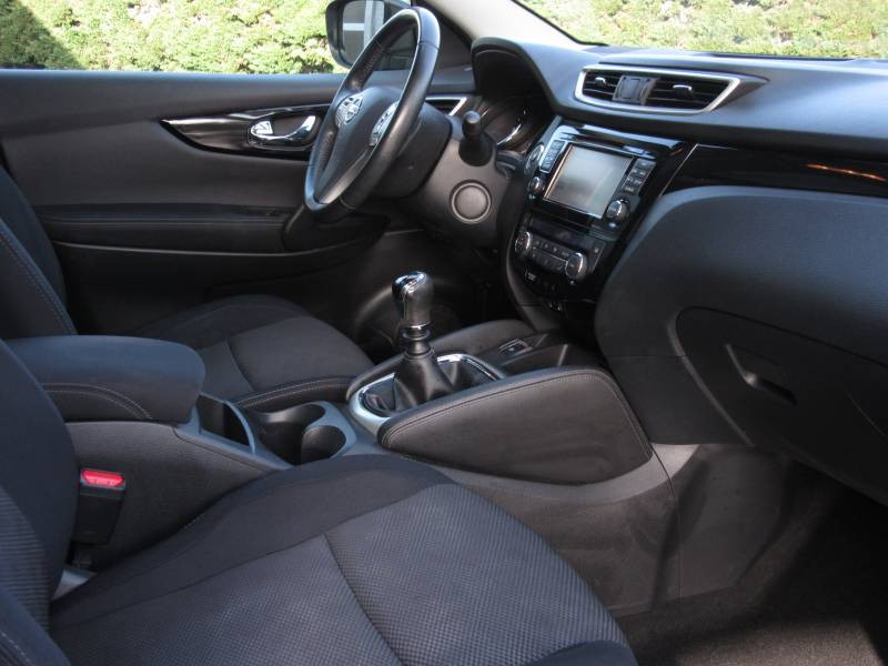Nissan Qashqai 1.5 dCi 110 N-Connecta Noir occasion à Périgueux - photo n°9