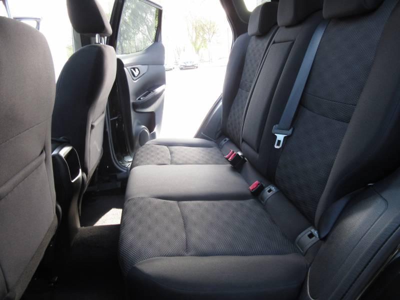 Nissan Qashqai 1.5 dCi 110 N-Connecta Noir occasion à Périgueux - photo n°13