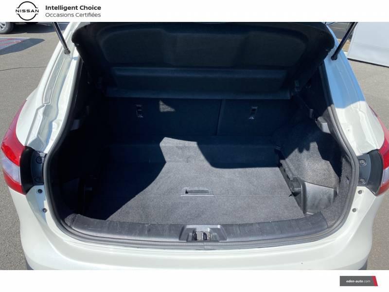 Nissan Qashqai 1.5 dCi 110 N-Connecta Blanc occasion à Chauray - photo n°15