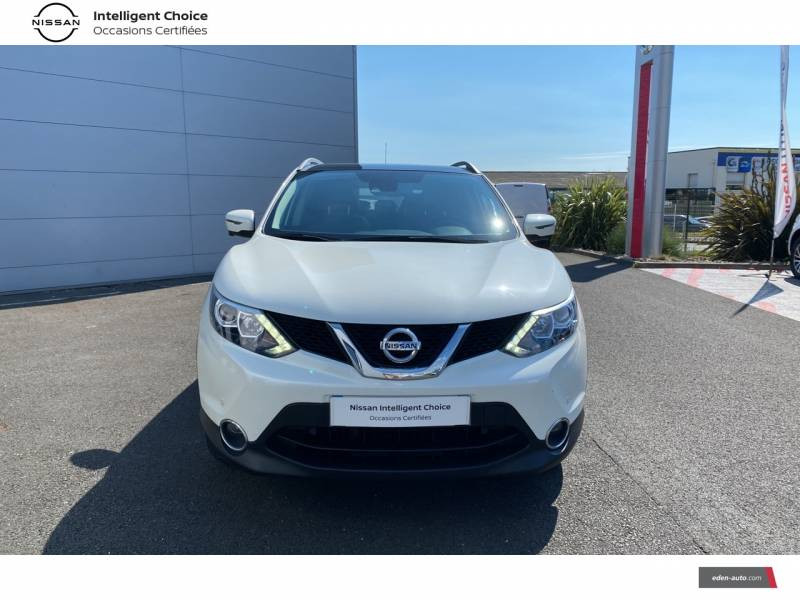 Nissan Qashqai 1.5 dCi 110 N-Connecta Blanc occasion à Chauray - photo n°2