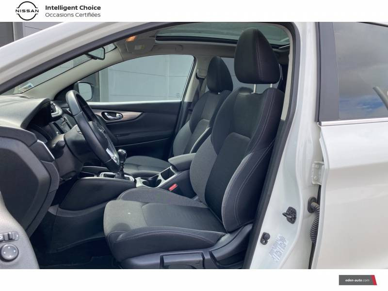 Nissan Qashqai 1.5 dCi 110 N-Connecta Blanc occasion à Chauray - photo n°6