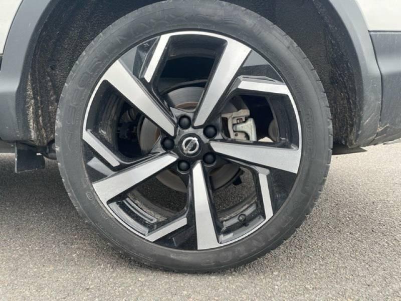 Nissan Qashqai 1.5 dCi 110 Tekna Blanc occasion à Champniers - photo n°17