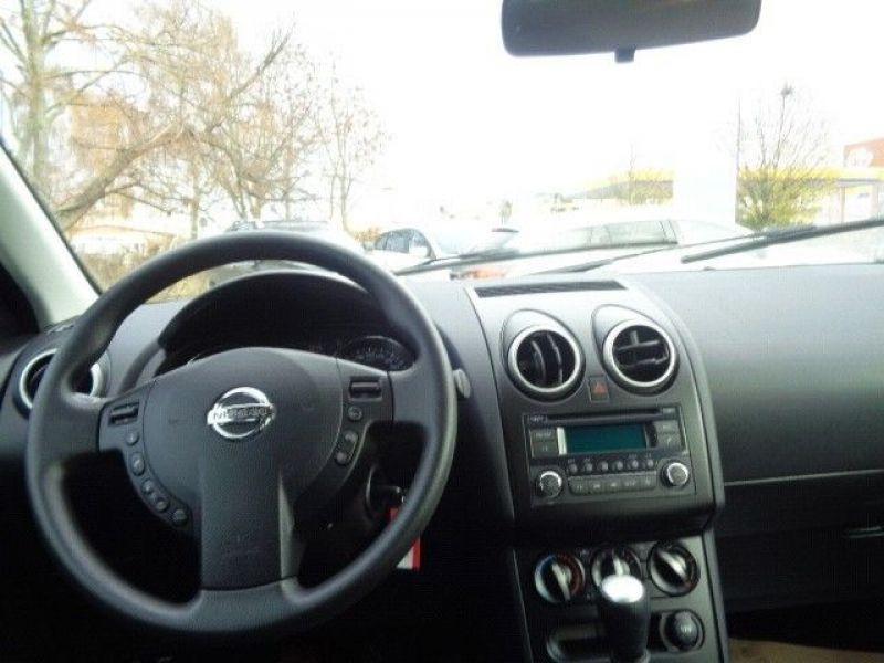 Nissan Qashqai 1.5 DCI 110 Violet occasion à Beaupuy