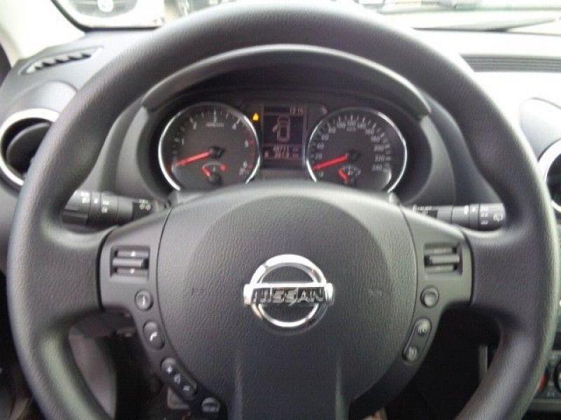 Nissan Qashqai 1.5 DCI 110 Violet occasion à Beaupuy - photo n°5
