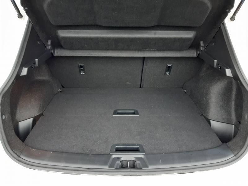 Nissan Qashqai 1.5 dCi 115 Tekna Blanc occasion à Champniers - photo n°13