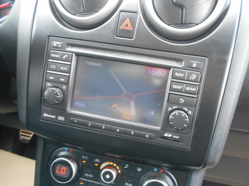 Nissan Qashqai 1.6 dCi 130 FAP All-Mode Stop/Start Tekna Gris occasion à Bessières - photo n°10