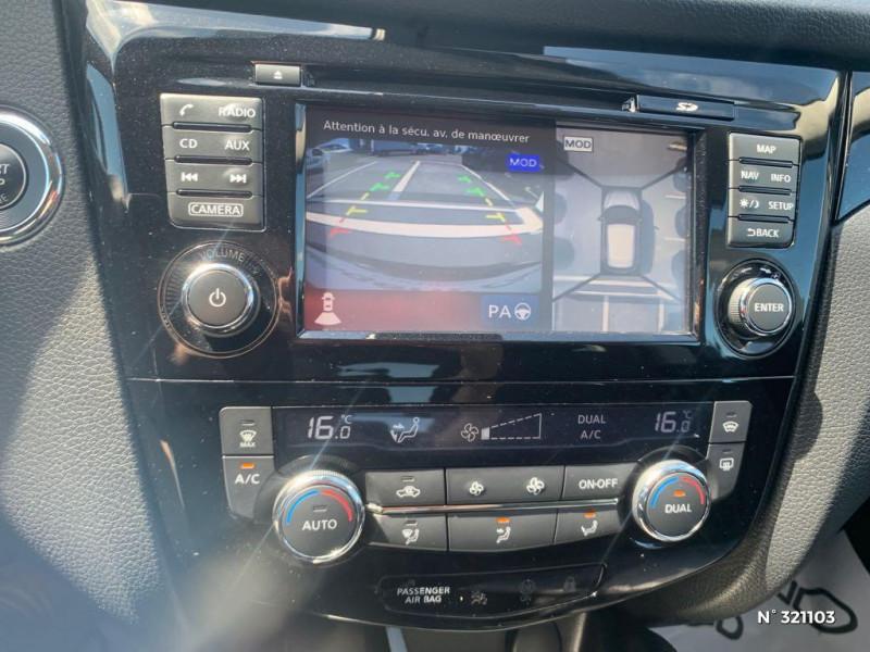 Nissan Qashqai 1.6 dCi 130ch Acenta Noir occasion à Tillé - photo n°13