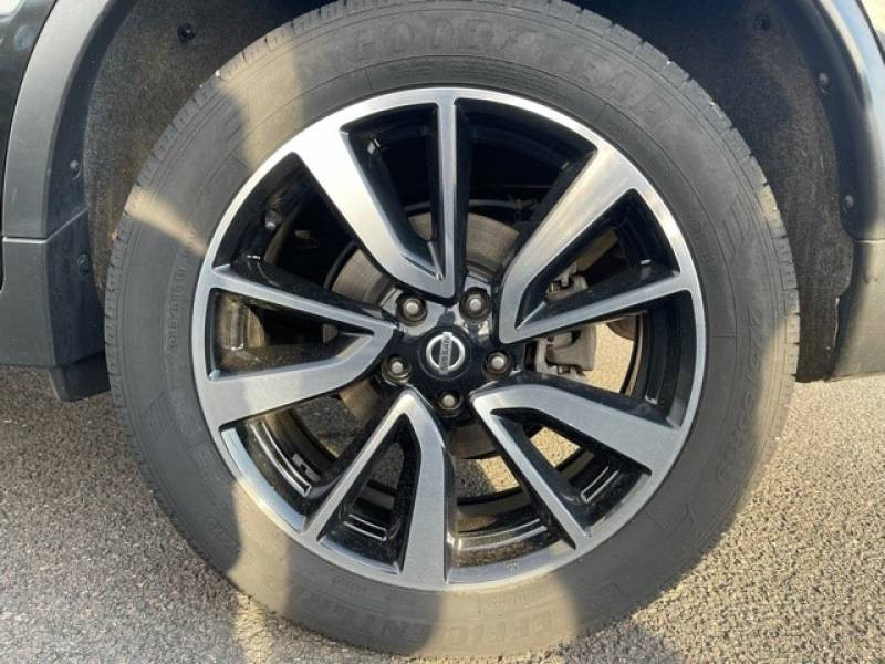 Nissan X-Trail 1.6 dCi 130 5pl Tekna Noir occasion à Champniers - photo n°18