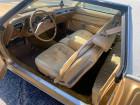 Oldmobile Cutlass   à Lyon 69
