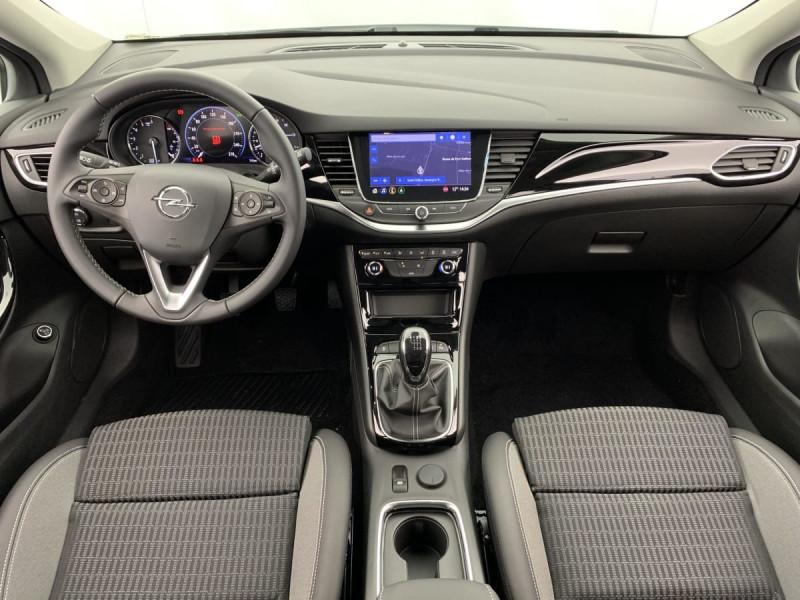 Opel Astra Sports tourer 1.5 Diesel 122 ch BVM6 Elegance Business Blanc occasion à SAINT-GREGOIRE - photo n°10