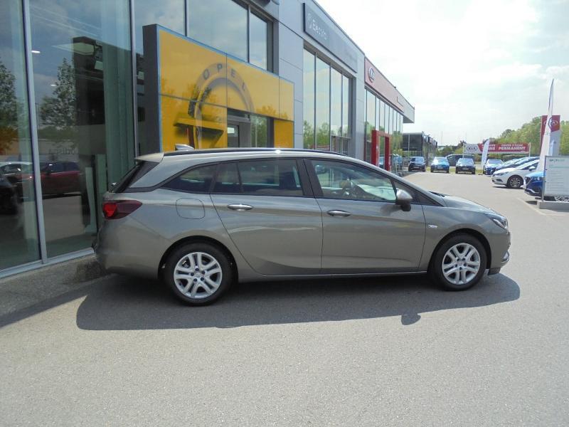 Opel Astra Sports tourer 1.6 CDTI 110ch ecoFLEX Start&Stop Business Edition Gris occasion à Vert-Saint-Denis - photo n°6