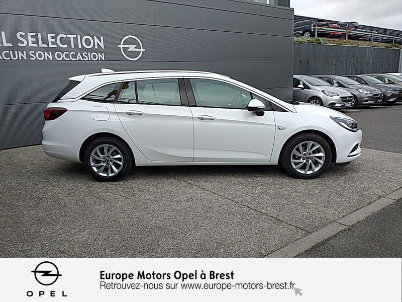 Opel Astra Sports tourer 1.6 CDTI 110ch Innovation Start&Stop Blanc occasion à Brest - photo n°4