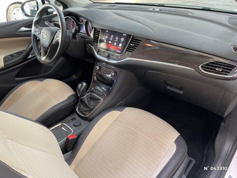 Opel Astra Sports tourer 1.6 CDTI 136ch Start&Stop Elite Blanc occasion à Boulogne-sur-Mer - photo n°4