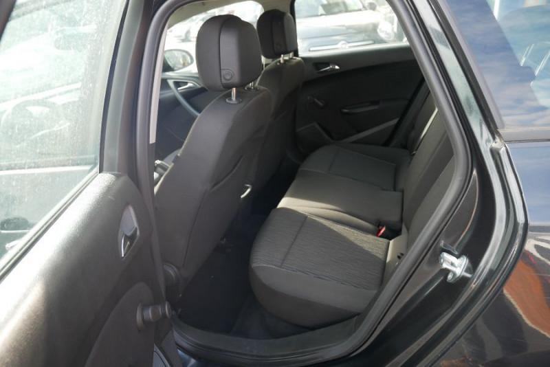 Opel Astra Sports tourer 1.7 CDTI 110 EDITION JA Noir occasion à Lescure-d'Albigeois - photo n°4