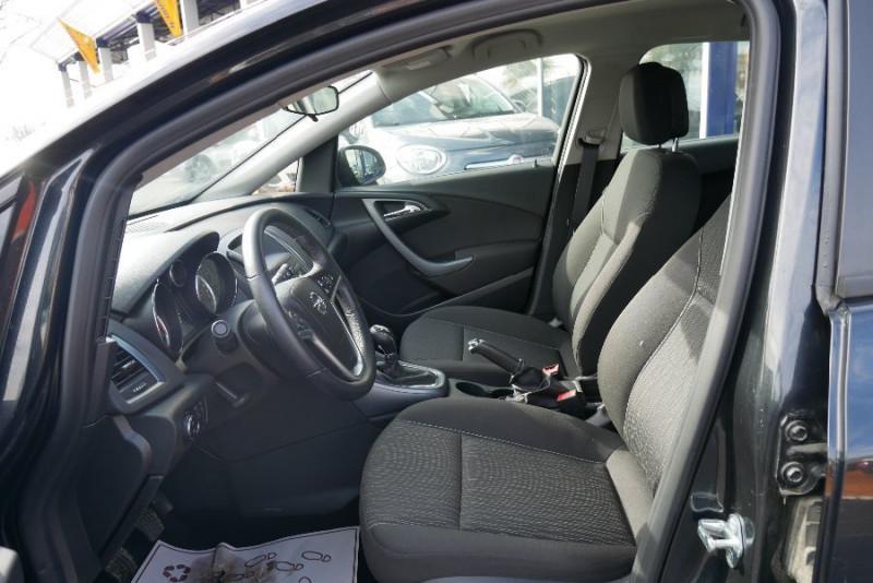 Opel Astra Sports tourer 1.7 CDTI 110 EDITION JA Noir occasion à Lescure-d'Albigeois - photo n°3