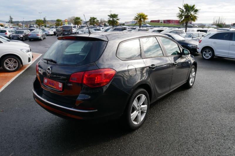 Opel Astra Sports tourer 1.7 CDTI 110 EDITION JA Noir occasion à Lescure-d'Albigeois - photo n°2