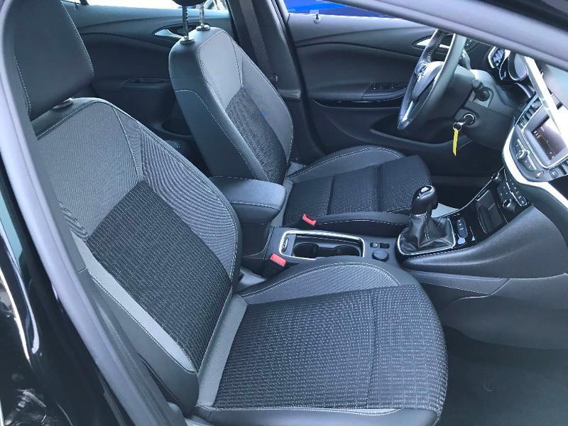 Opel Astra 1.2 Turbo 130ch Elegance 7cv Noir occasion à Labège - photo n°20