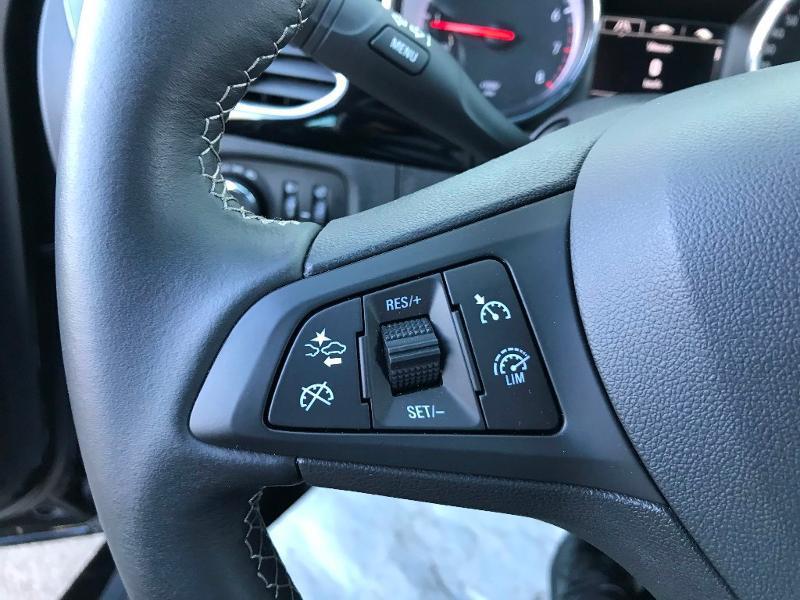 Opel Astra 1.2 Turbo 130ch Elegance 7cv Noir occasion à Labège - photo n°12
