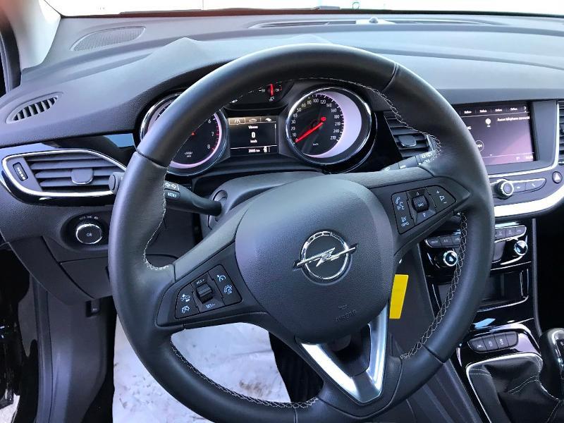 Opel Astra 1.2 Turbo 130ch Elegance 7cv Noir occasion à Labège - photo n°11