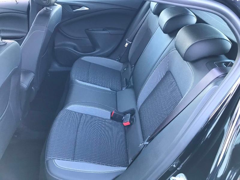 Opel Astra 1.2 Turbo 130ch Elegance 7cv Noir occasion à Labège - photo n°7