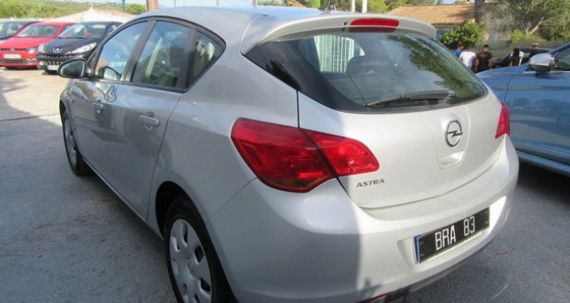 Opel Astra 1.4 TWINPORT ESSENTIA Gris occasion à Le Muy - photo n°6