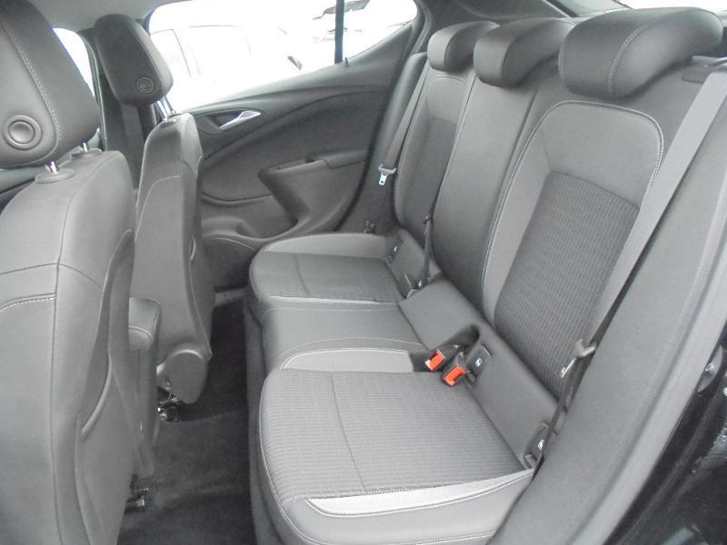 Opel Astra 1.5 D 122ch Elegance BVA 109g Noir occasion à Vert-Saint-Denis - photo n°8
