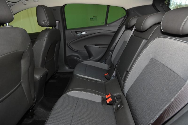 Opel Astra 1.5 D 122CH ELEGANCE Gris occasion à Quimper - photo n°5