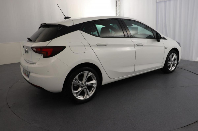 Opel Astra 1.5 Diesel 105 ch BVM6 Elegance Blanc occasion à Toulouse - photo n°3