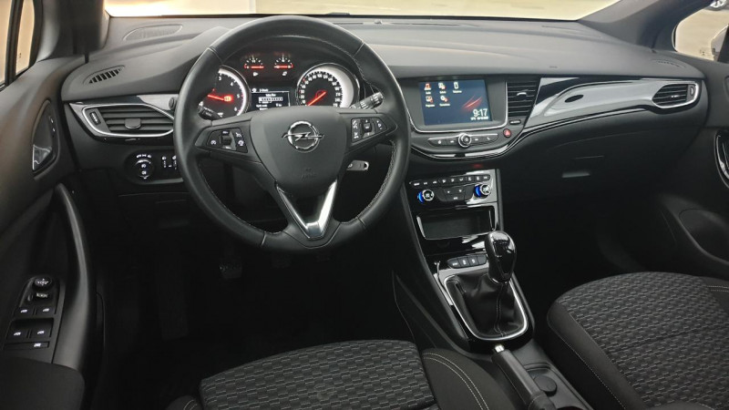 Opel Astra 1.6 cdti 136cv mt6 dynamic Gris occasion à Riorges - photo n°9