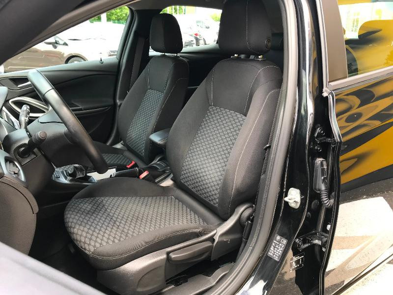 Opel Astra 1.6 D 110ch Business Edition Noir occasion à Corbeil-Essonnes - photo n°7