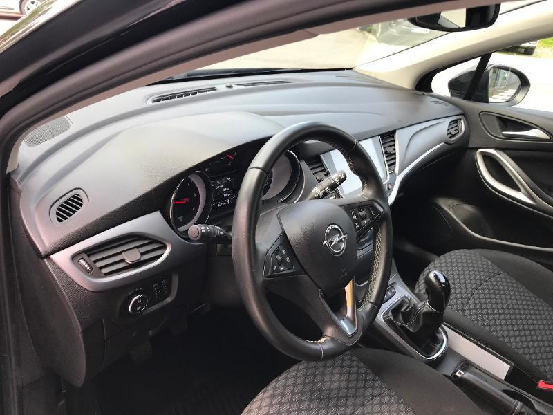 Opel Astra 1.6 D 110ch Business Edition Noir occasion à Corbeil-Essonnes - photo n°6