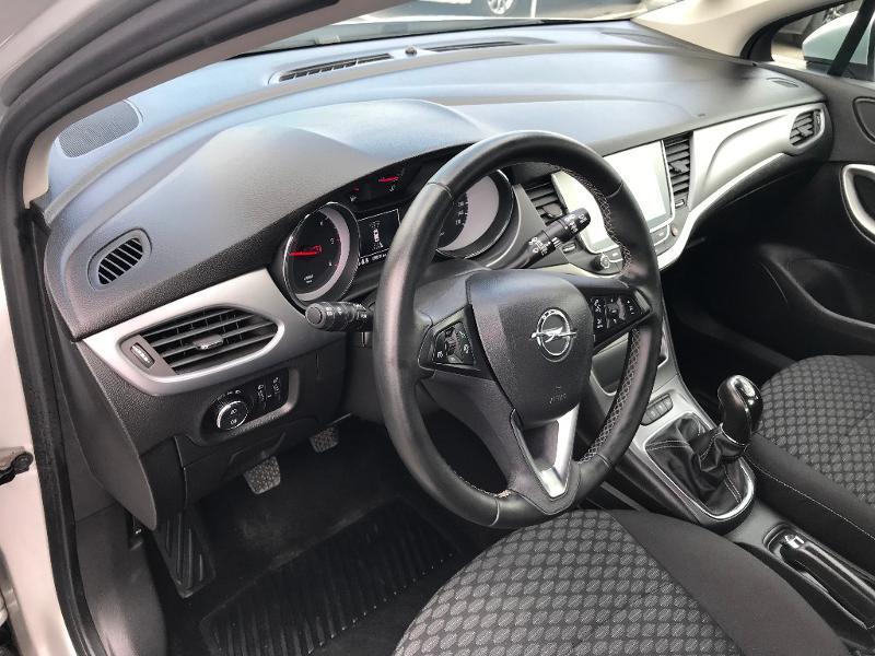 Opel Astra 1.6 D 110ch Business Edition Gris occasion à Vert-Saint-Denis - photo n°6